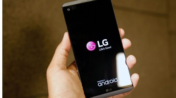 thiết kế LG V20