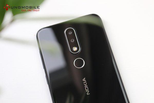 Mặt lưng Nokia X6
