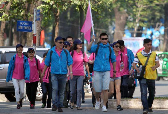 Khó quản hướng dẫn viên du lịch ngoại quốc - Báo Người lao động